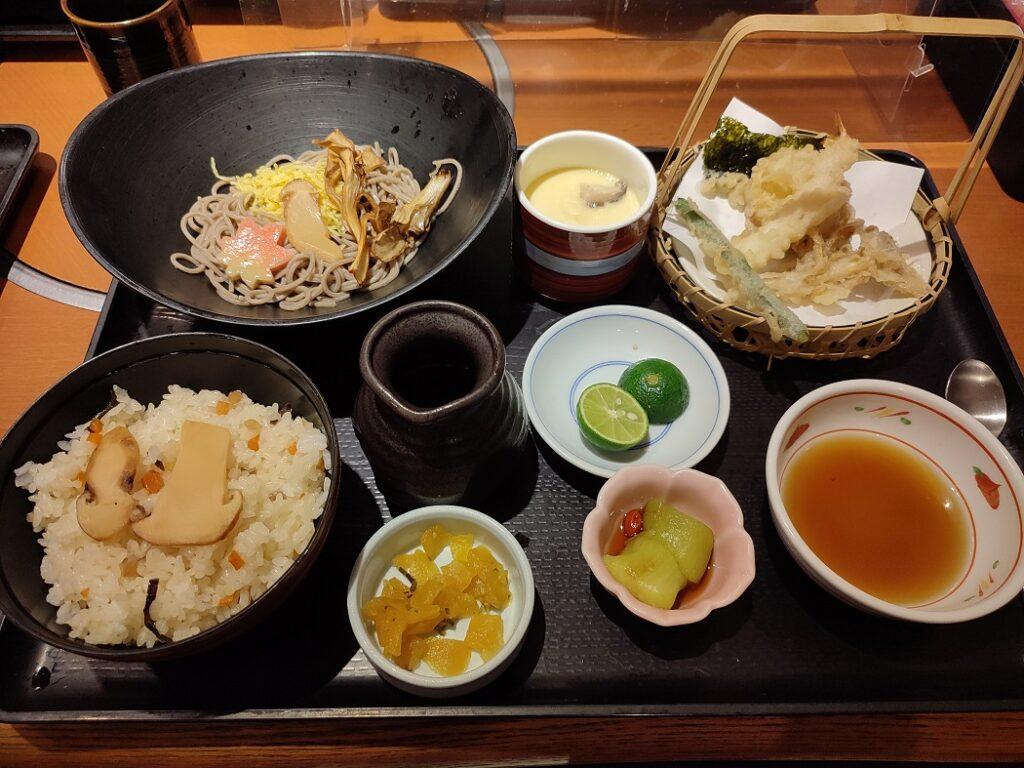 和食さと季節限定メニュー松茸ご飯と松茸すだちそば膳